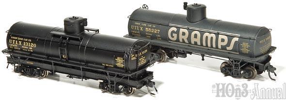 Blackstone Models UTLX narrow gauge tank cars