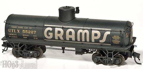 blackstone-utlx-tankcars-hon3-04